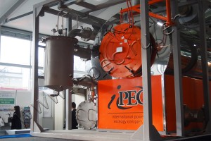 Thermal processing plant, pyrolysis unit